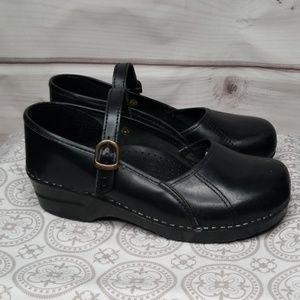 Dansko Mary Janes Black Leather Size 40